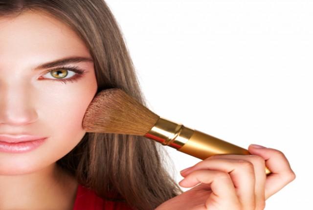Πως θα βάλεις σωστά το ρουζ στο πρόσωπο σου. c361deb2d6e